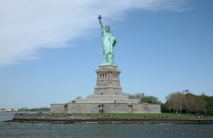 Statue_of_Liberty_approach